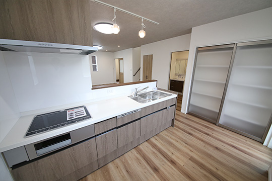 stage-kitchen